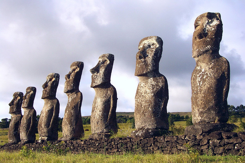 FASCINATION OVER EASTER ISLAND